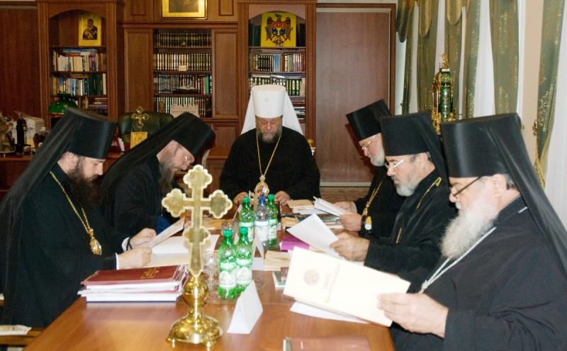 29 800x495 şedinţa Sinodului Bisericii Ortodoxe din Moldova 28 septembrie 2012