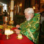 """432130398 PS Episcop Anatolie a liturghisit la Catedrala """"Naşterea Domnului"""" din Chişinău"""