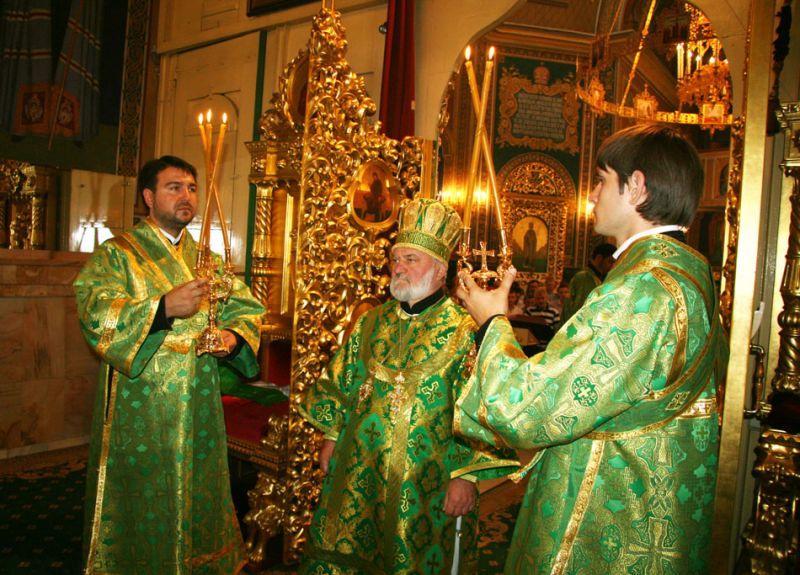 """234148424 PS Episcop Anatolie a liturghisit la Catedrala """"Naşterea Domnului"""" din Chişinău"""